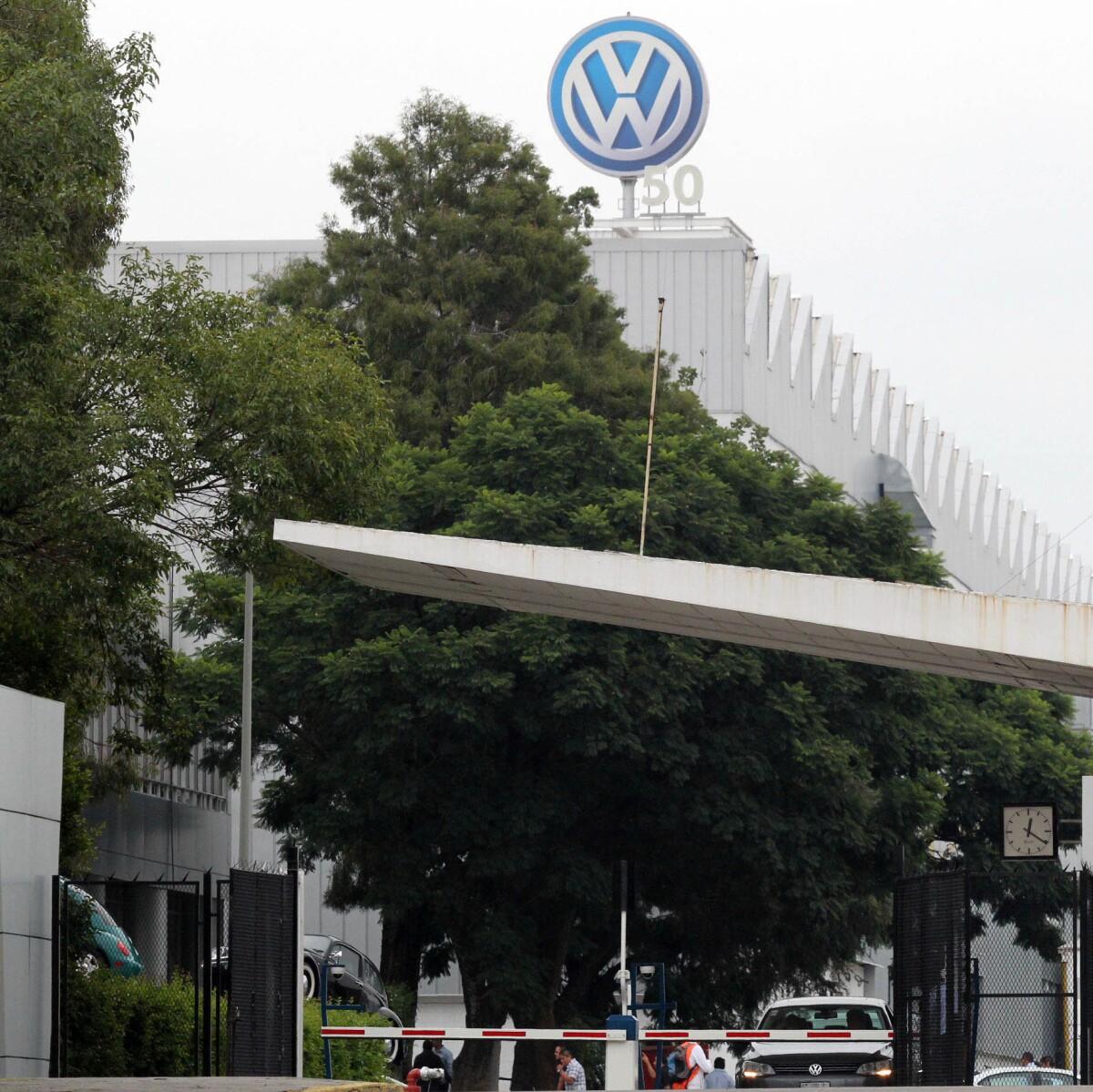 Puebla acuerda Volkswagen indemnizar campesinos por cañones antigranizo