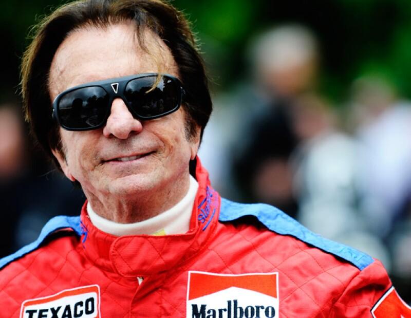 Este brasileño es una leyenda del automovilismo ya que gracias a su talento ha logrado ganar dos premios Fórmula 1, platicamos con él y esto fue lo que nos contó de su vida personal y sus sueños.