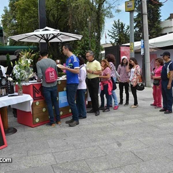 Una estación de degustación del Club de vinos y Chrurrasquería Argentina