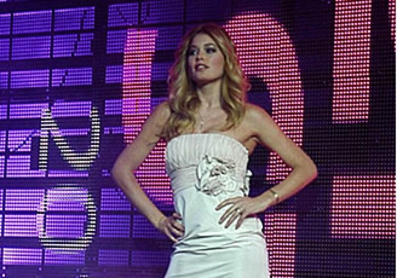 La supermodelo Doutzen Kroes, quien está de visita en México y formó parte del Fashion Fest, señaló que para ella es lamentable que existan tantas muertes entre las jovencitas por querer tener una apariencia perfecta. (Foto: Notimex)