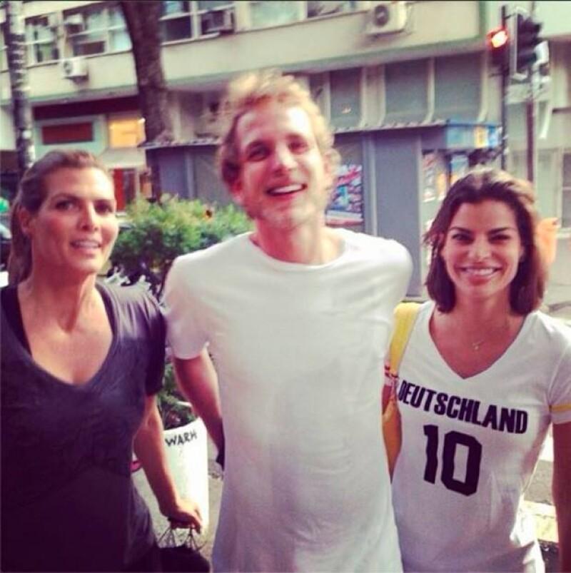 Las empresaria compartieron a través de Instagram su encuentro con el atractivo hijo de Carolina de Mónaco en Ipanema.
