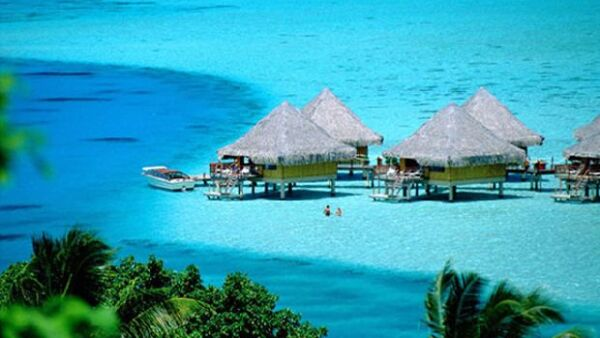 Si cuentas con un gran presupuesto para tu viaje de bodas, en este artículo te presentamos los 10 mejores destinos de playa.