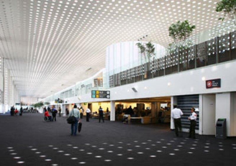 La Terminal 2 del Aeropuerto Internacional Benito Juárez de la ciudad de México formará parte de la VII Bienal Iberoamericana de Arquitectura y Urbanismo (BIAU). (Foto: Pedro Hiriart)