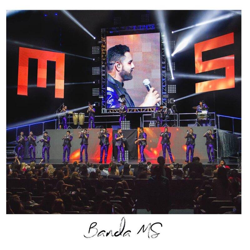 La banda tenía pactado ofrecer tres shows en el Auditorio Nacional.