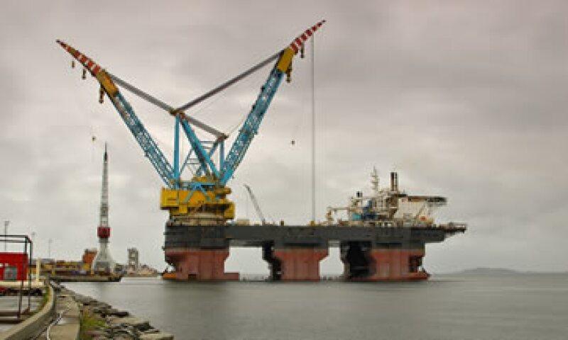 El petróleo operó entre los 94.69 y los 97.69 dólares. (Foto: Photos to go)
