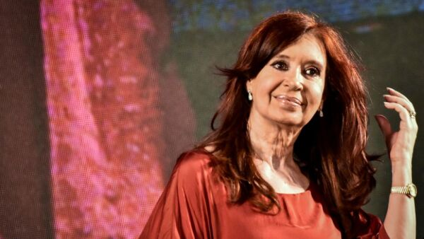 Cristina Fernández vuelve al poder 1.jpg