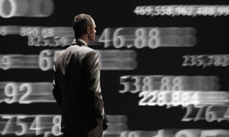 Las acciones cayeron presionadas por las expectativas de débiles ganancias corporativas. (Foto: Getty Images)