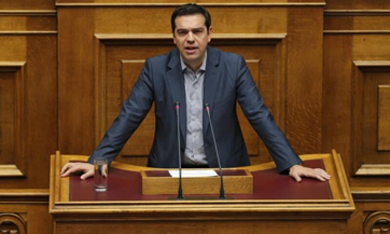 Tsipras destacó que Grecia honrará los pagos por 6,800 millones de euros en bonos al Banco Central Europeo. (Foto: Reuters )