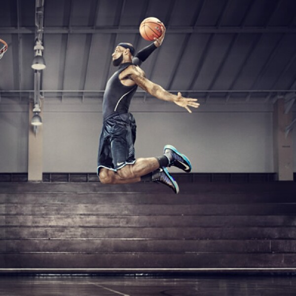 Nike presentó su nuevas plataformas +Basketball y +Training, que conectan la experiencia digital con tus zapatillas para medir con mayor precisión tus resultados mientras te ejercitas.