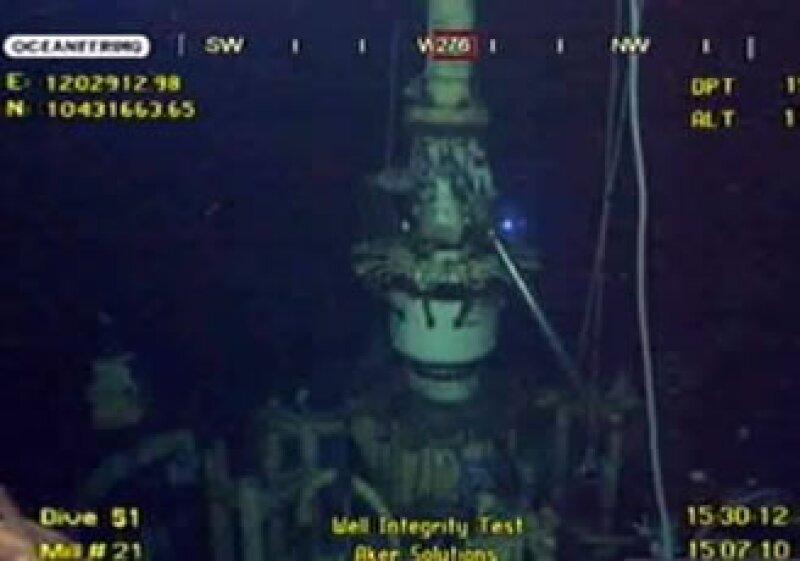 Una cúpula de contención de BP habría logrado contener la fuga de petróleo en el océano. (Foto: Reuters)