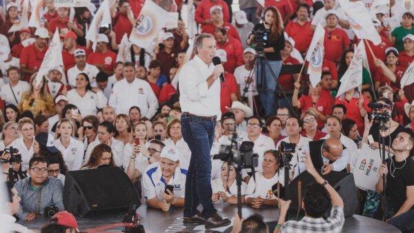 Arropado por el PRI en Chiahuahua