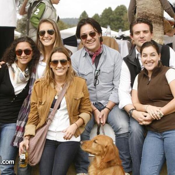 Paula Linares,Elena Orestano,Carla Orestano,José Castellanos,Merci Orestano