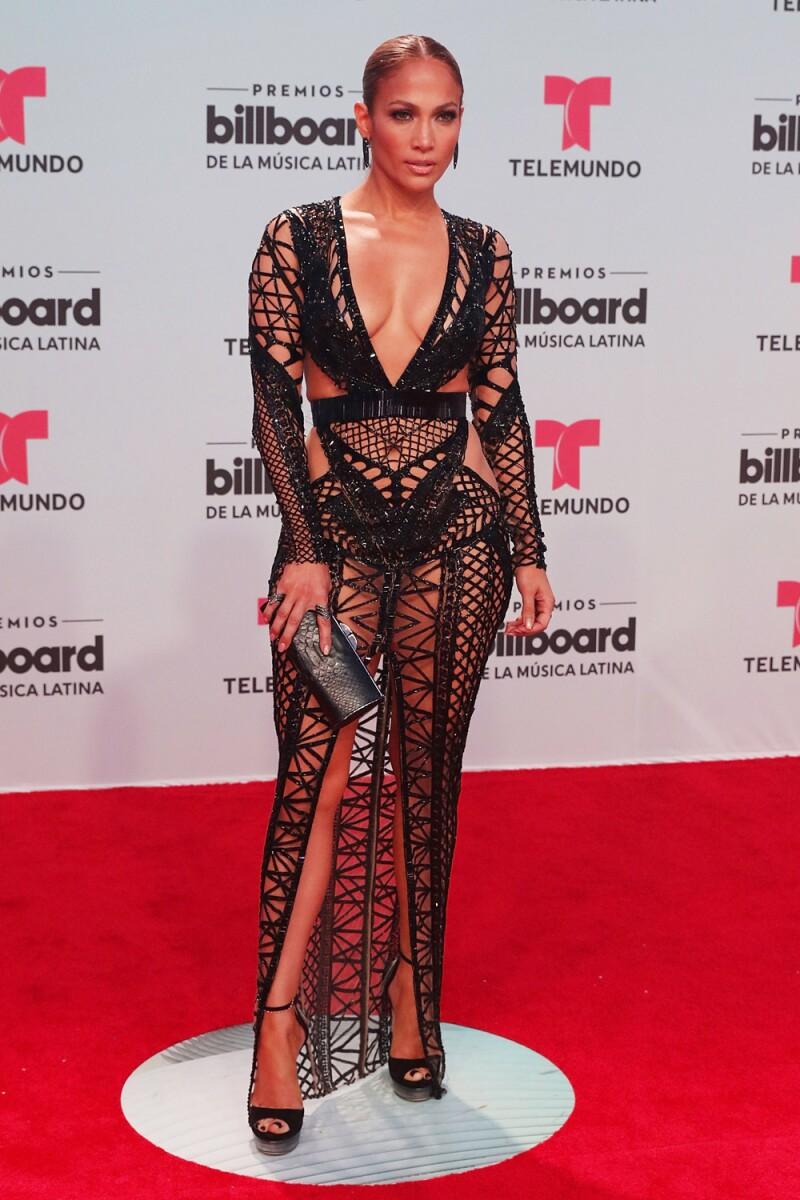 Jennifer Lopez Impactó Con Sus Atrevidos Vestidos En Los
