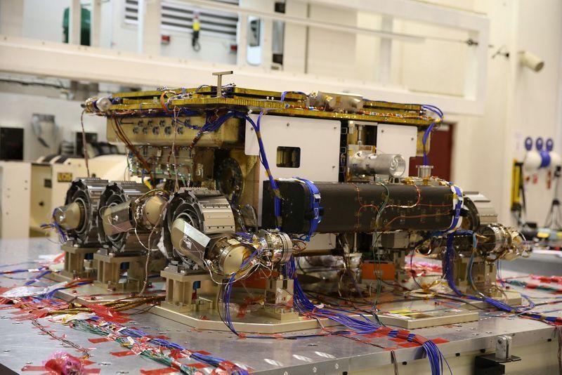 El rover forma parte del programa ExoMars, desarrollado por la Agencia Espacial Europea y la Agencia Espacial Rusa Roscosmos con apoyo de la NASA.