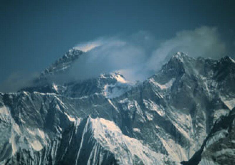 El equipo aprovechará para rescatar el cuerpo de un alpinista suizo que murió en 2008. (Foto: Jupiter Images)