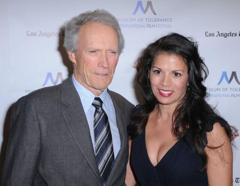El actor de 83 años y su ex esposa Dina Ruiz se separaron. Ambos tienen una hija de 16 años llamada Morgan.