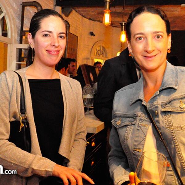 Dolores Robles-Martínez y Jacinta Córdova