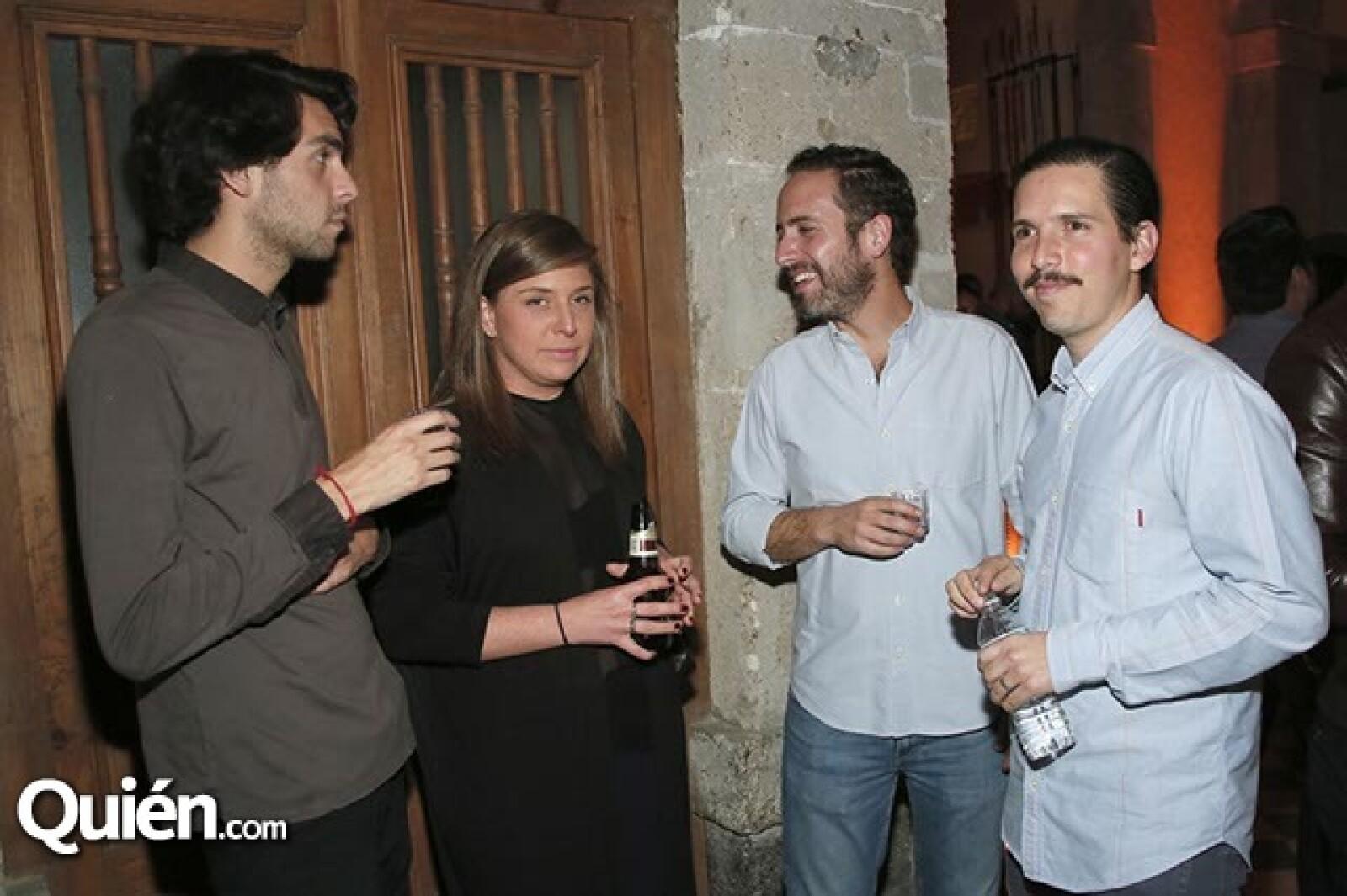 Federico Herrera,Lorena Saravia,Pepe Besauri y Jorge Martínez