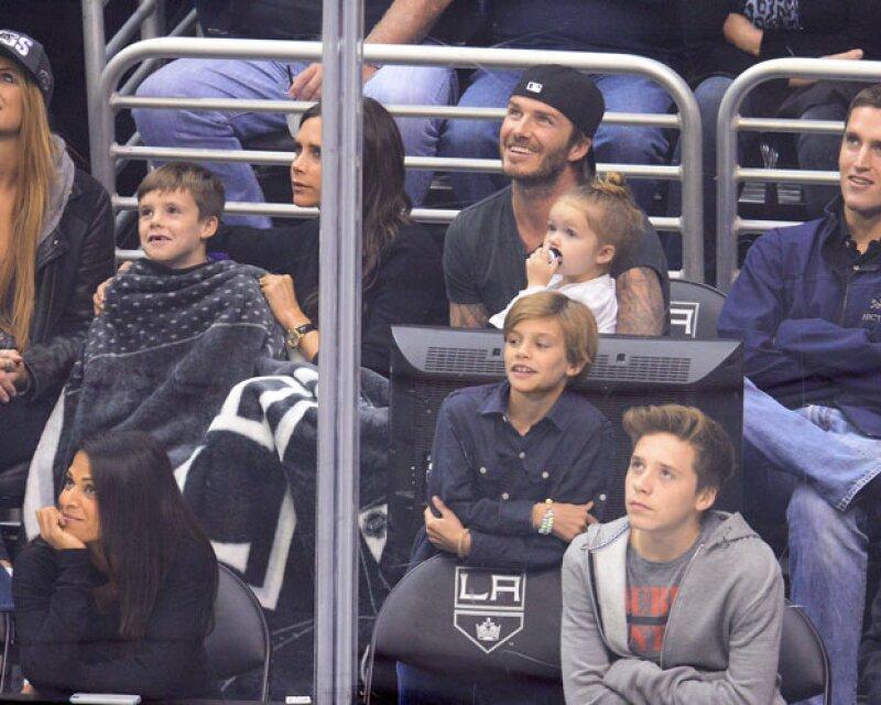 Aparentemente el ex futbolista no es para todos el padre perfecto, pues según aseguran medios británicos, el futbolista fomenta que su hija siga usando chupón. Él ha reaccionado en Instagram.