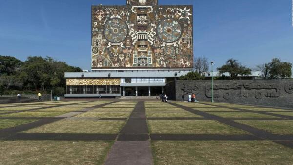 Indignación por el asesinato de una mujer en la UNAM