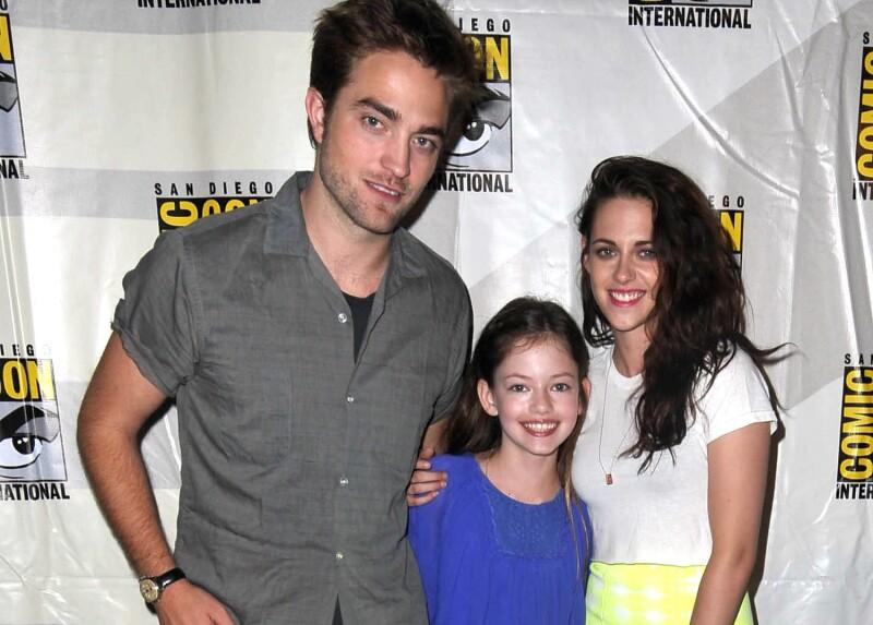 Mackenzie Foy, Kristen Stewart y Robert Pattinson