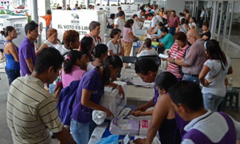 En las elecciones de este domingo se elige al presidente de México, además de seis gobernadores estatales y jefe de Gobierno del DF. (Foto: AP)
