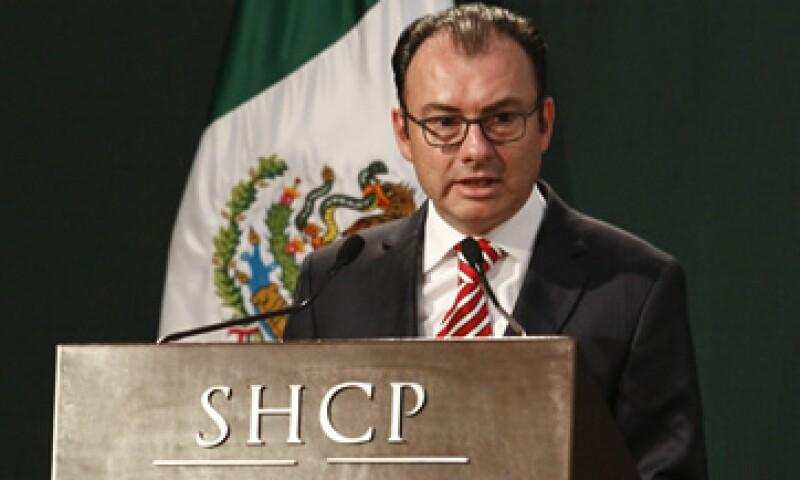 Luis Videgaray, secretario de Hacienda, entregó este martes el paquete económico 2016 al Congreso. (Foto: Cuartoscuro)