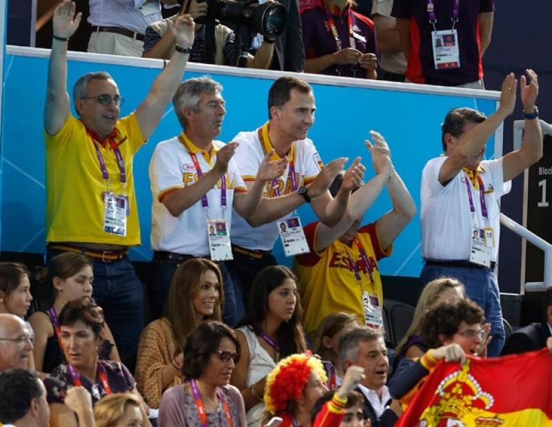 El esposo de Letizia viajó a la ciudad donde se están llevando a cabo los Juegos Olímpicos para presenciar la final de este deporte acuático en la rama femenil.
