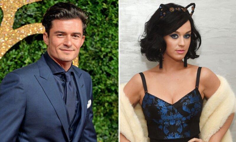 """Una fuente asegura que el actor de """"Piratas del Caribe"""" quiere ya comprometerse con la cantante pero ella prefiere no hacerlo."""