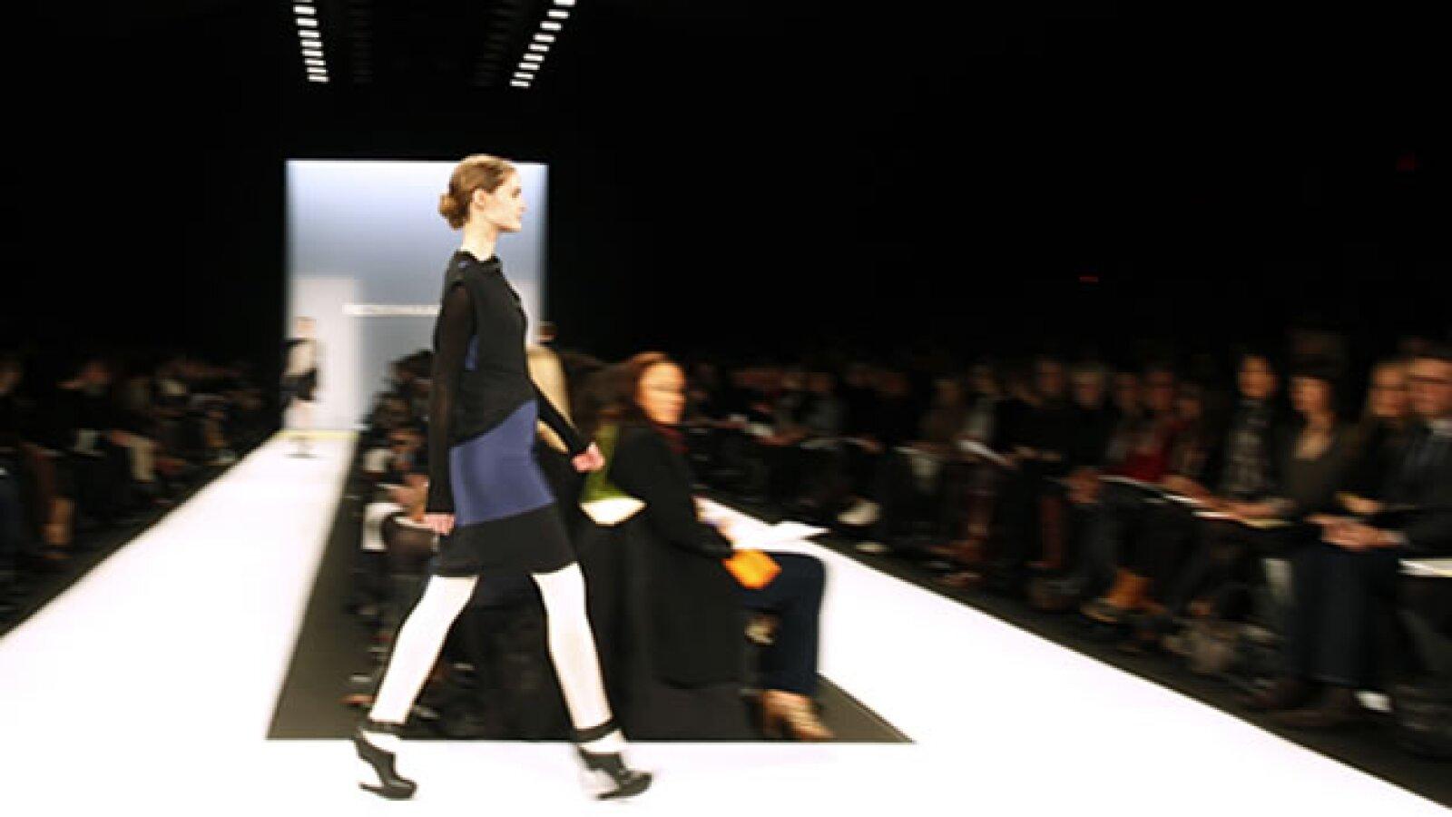 pasarela de bcbg azria en la semana de la moda de ny