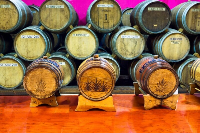 barricas de tequila