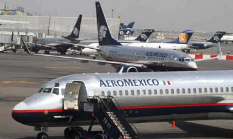 Aeroméxico aseguró que el acuerdo salarial acelera el proceso de contratación del personal. (Foto: AP)