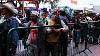 Caravana migrante llega a Zapopan