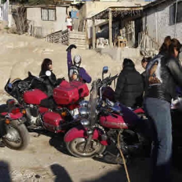 Las Guerreras visitan las colonias mas pobres de Ciudad Juarez