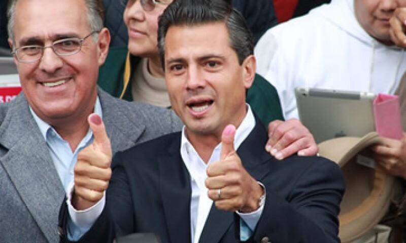 Enrique Peña lleva la delantera en el conteo rápido del IFE. (Foto: )
