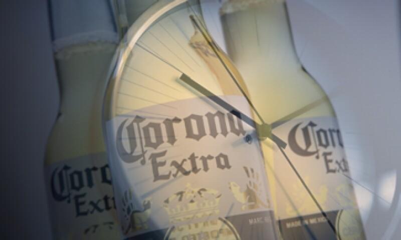 El 29 de junio de 2012 el gigante cervecero Anheuser Busch InBev acordó la adquisición del 50% que no poseía de Grupo Modelo por un importe de 20,100 mdd. (Foto: Especial)