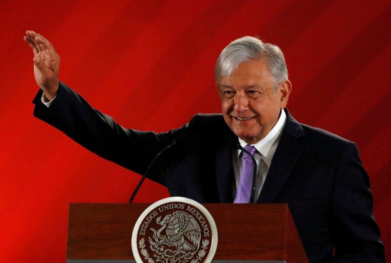 López Obrador Chapo madre y hermanas