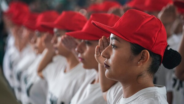 servicio militar mujeres