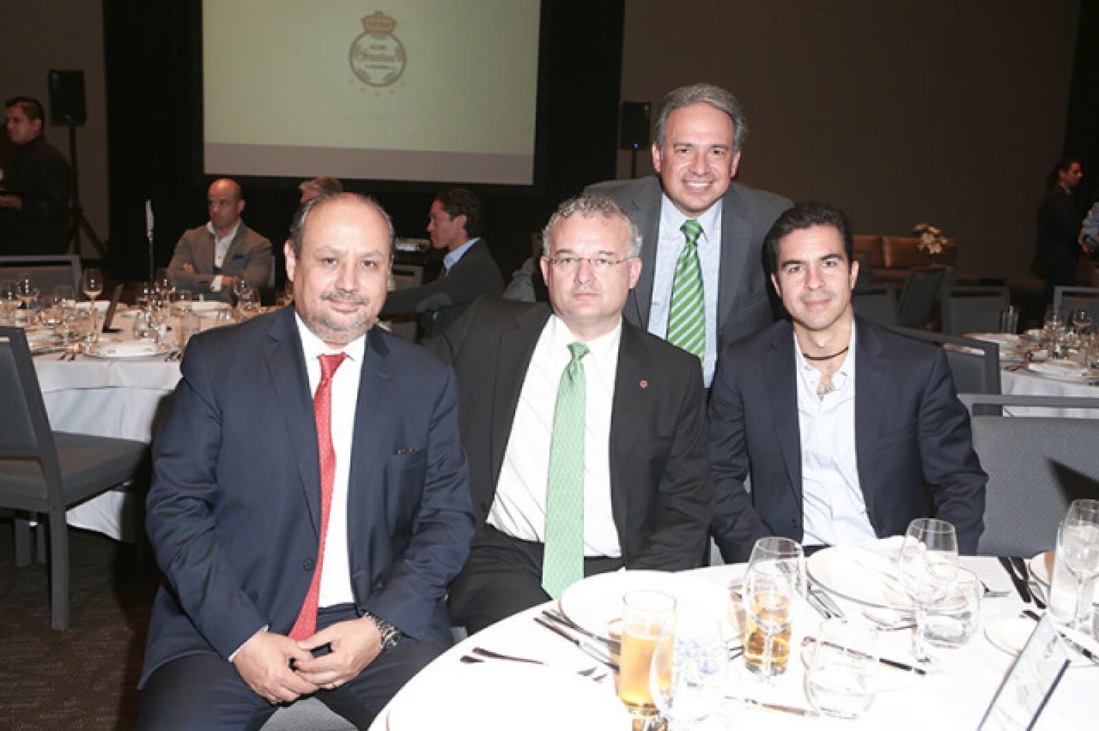 Ernesto M. Hernández, Diego Cosio, Paco Garza y Salvador Escobar