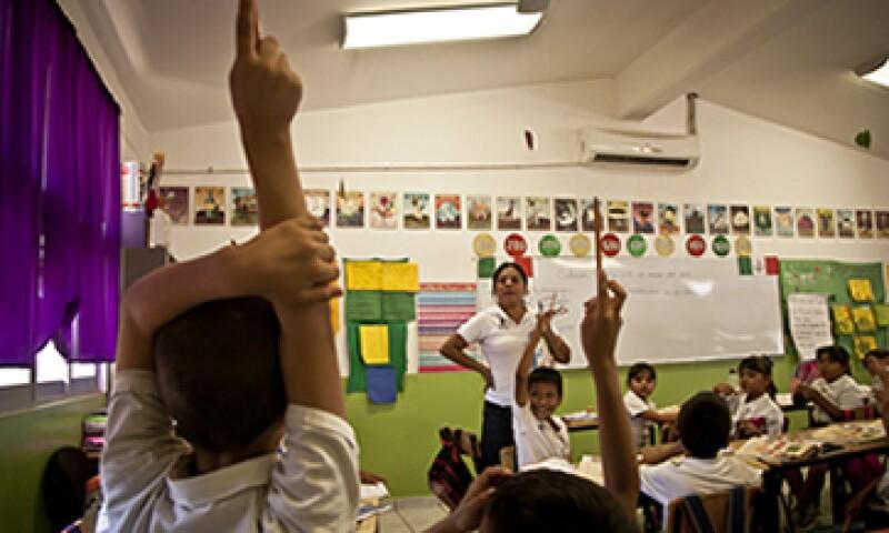 La agenda política debería incluir educación financiera para los jóvenes. (Foto: Cuartoscuro)
