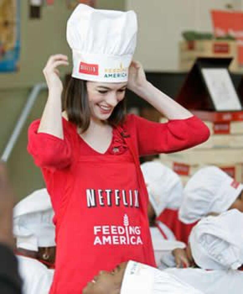 """Los pequeños estudiantes la recordaban por su personaje de Mia en la película de Disney """"The Princess Diaries""""."""