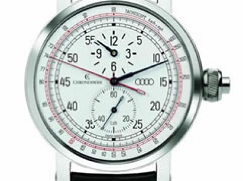 Posee un dial regulador, un cronógrafo con cronómetro operado por un sólo botón y un dial de tacómetro. (Foto: Autocosmos)