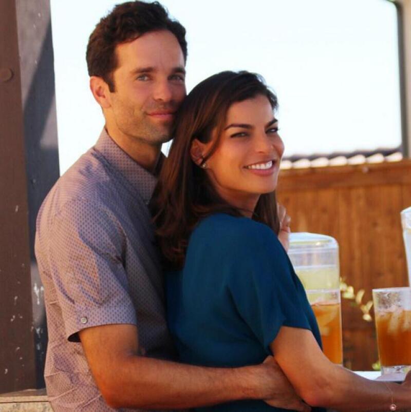 Bárbara Coppel y Alejandro Hank Amaya celebrando en California su noviazgo.