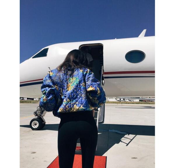 Presumiendo su estilo en Hermès.