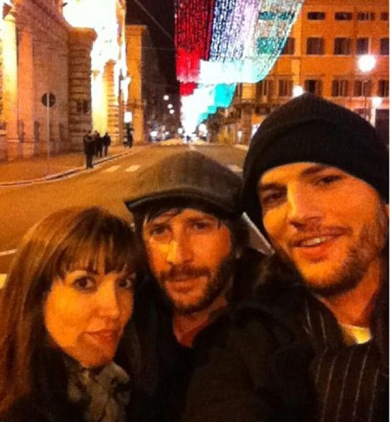 Muchos medios han dicho que el actor podría estar nuevamente enamorado y es que se le ha visto muy cariñoso en compañía de Lorene Scafaria.
