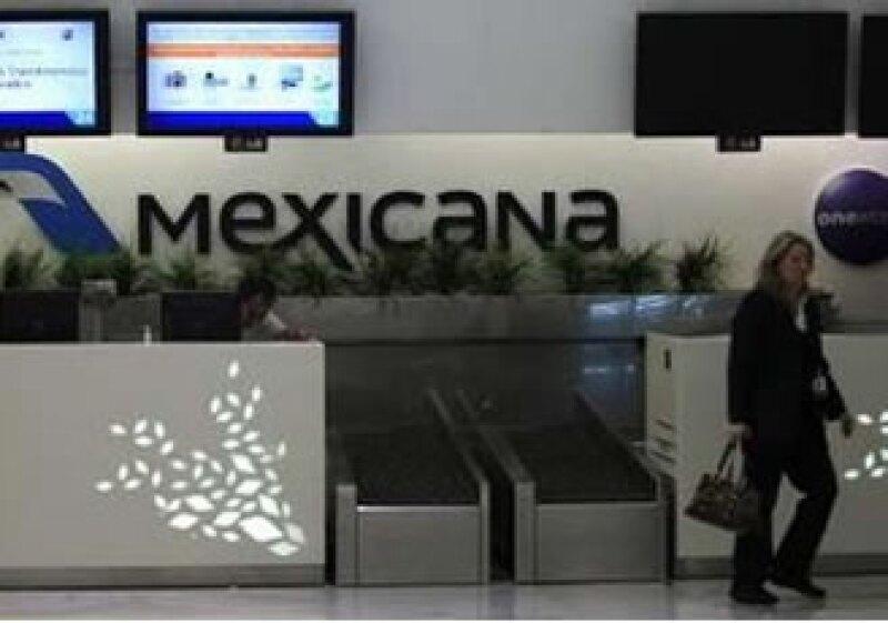 Mexicana de Aviación busca un acuerdo con sus trabajadores para reestructurar sus finanzas. (Foto: Archivo)