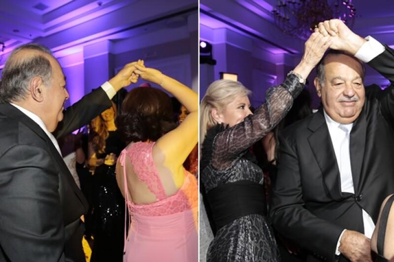Carlos Slim bailando con Perla Ortega y Carla Estrada.