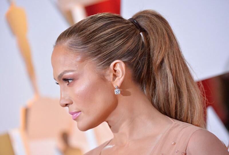 Los peinados o pelucas se han convertido en el mejor face-lift de la red carpet.