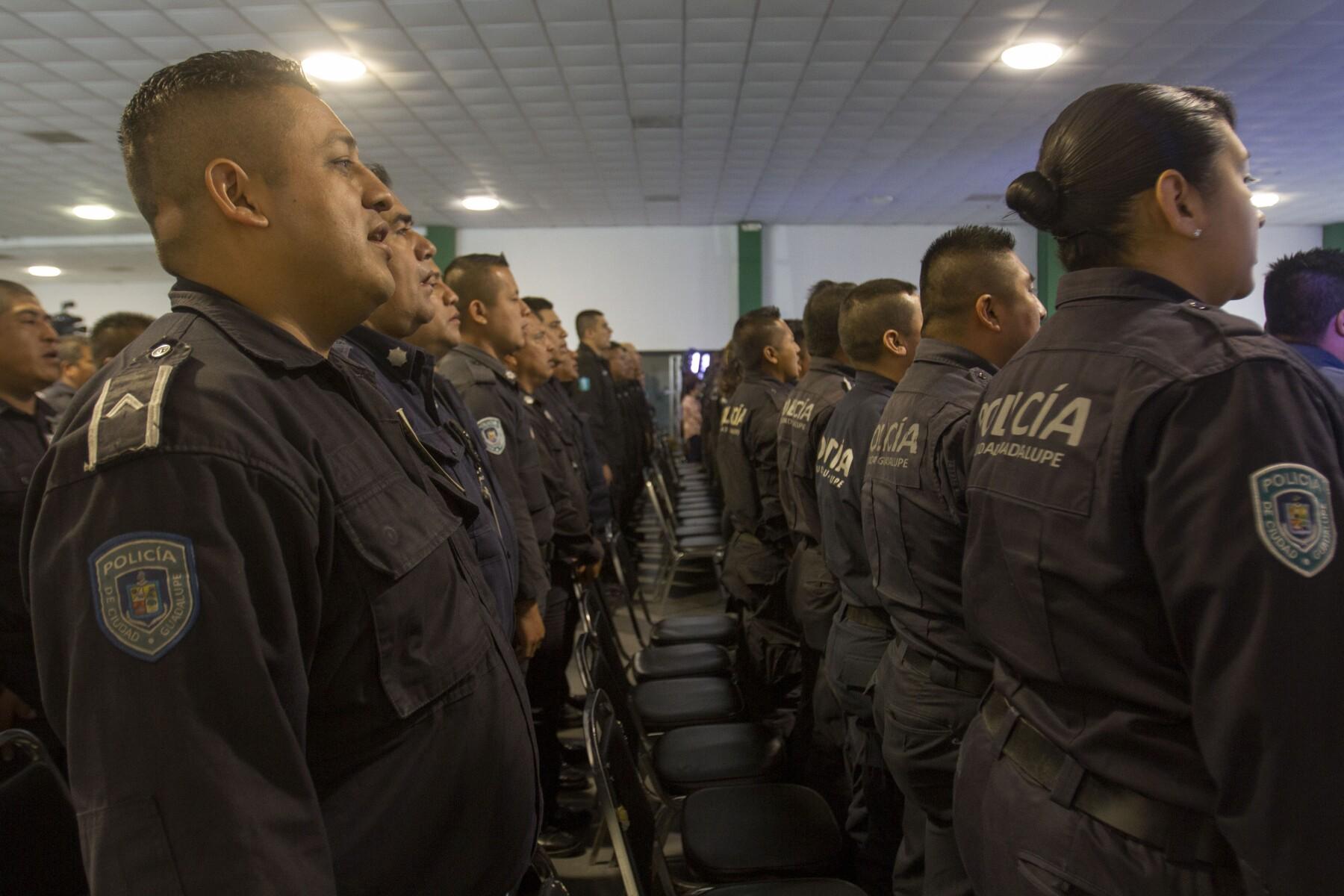 Policías de Nuevo León