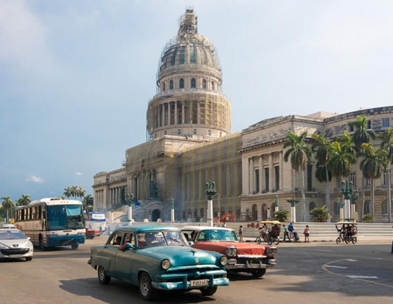 """La maison estará presentando la exhibición """"Obra en Proceso/ Work in Progress"""" en la Factoría Habana del 28 de abril al 12 de mayo."""